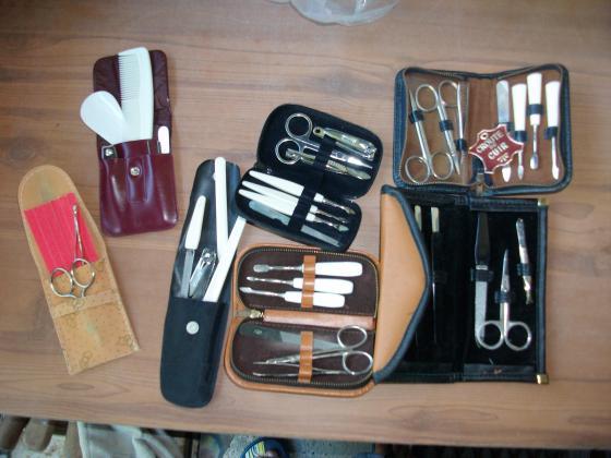 Trousses et Pochettes de Manucure -Neuves