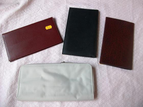 Porte-chéquier et porte-chéquier+cartes-neufs