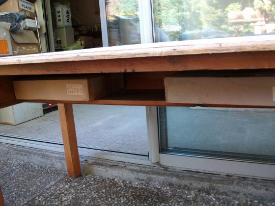 Table haute longue (origine table de cuisine)