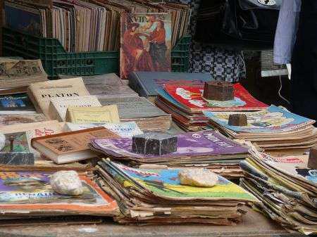Brocante livres collections de Coux