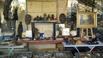 Brocante Antiquité Collections de Charleville-Mézières