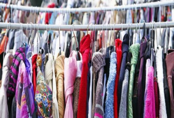 Braderie vêtements maroquinerie de Baisieux