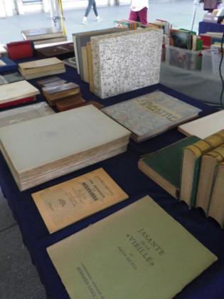 Marché aux livres anciens et d'occasions, BD, Vinyles - Amiens