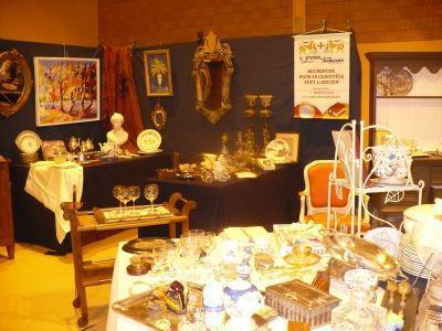 Salon Antiquite Brocante de Lavit