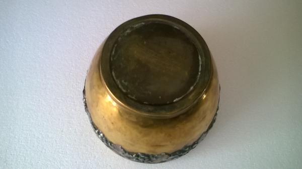 Ancien cache pot en laiton et cuivre