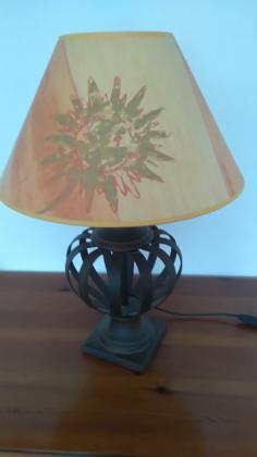 VENDS LAMPE
