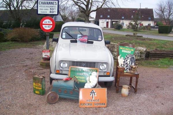 Brocante bourse auto moto solex de Chavannes