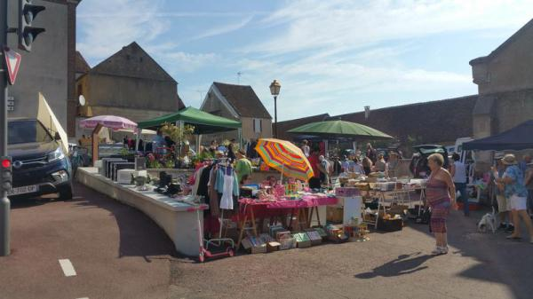 Brocante Vide-greniers de La Selle-sur-le-Bied