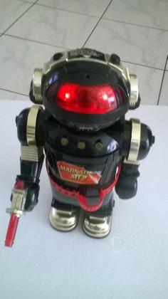 Robot Magnatron MT-2
