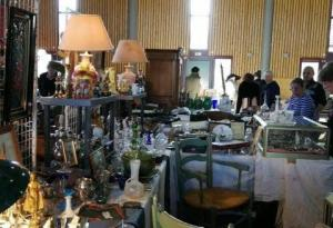 Salon Antiquités brocante - Oppède