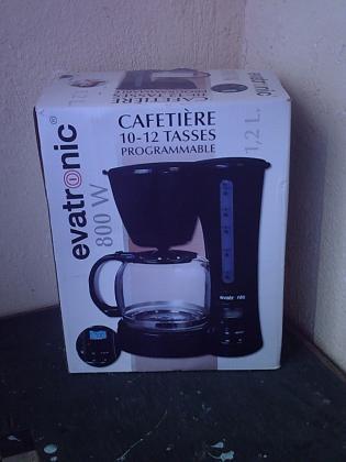 Machines à Café à filtres programmables- Neuves