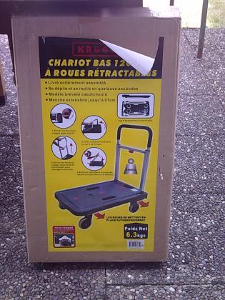 Chariot bas pliable pour transport de meubles....