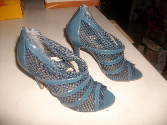 Chaussures d'été à talons pointure 38-neuves