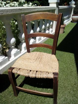 Petite chaise bois tressée main