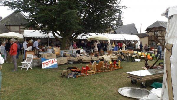 Foire à la brocante et aux antiquités de Morainville-Jouveaux