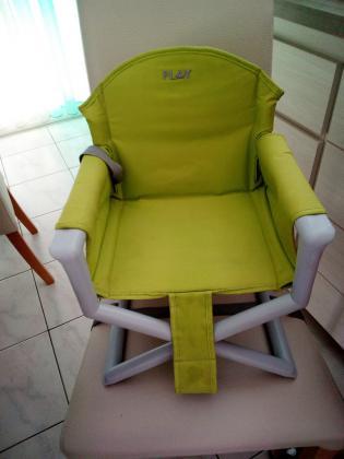 Rehausseur de chaise pour bébé