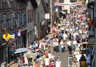 Marché aux Puces de Bâgé-le-Châtel