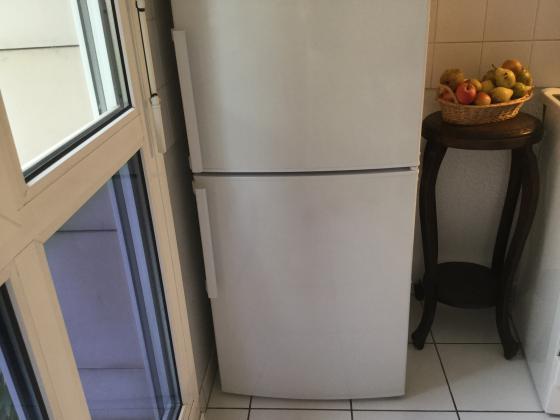 BOSCH frigo congélateur teur état impeccable