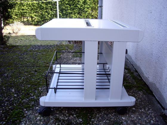 Tables d'appoint et/ou Tables guéridon sur roulettes