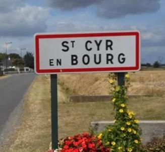 Vide-Greniers de Saint-Cyr-en-Bourg