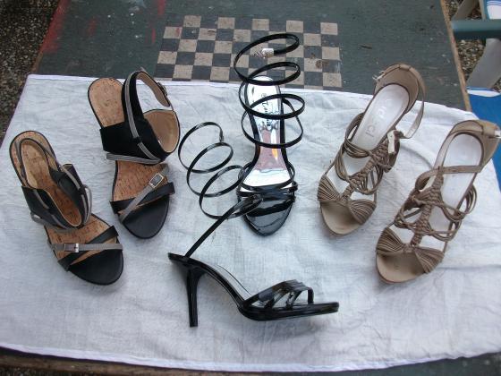 Chaussures d'été à talons hauts pointure 39