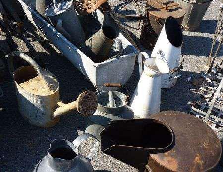 Brocante Vide-greniers de Chambon-sur-Lac