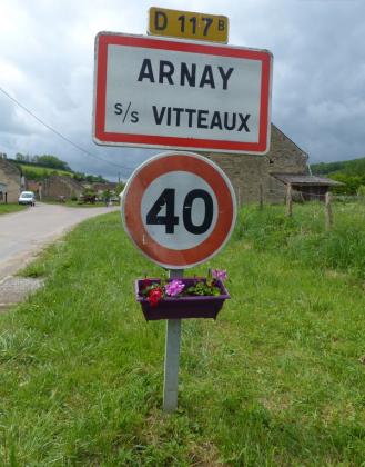 Vide-greniers - Arnay-sous-Vitteaux